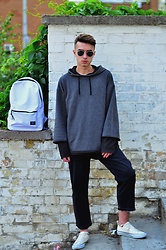 Vladimir Tsymbalyuk - Urban Outfitters Jeans, Asos Sweaters, New Yorker Bag - Urban kids