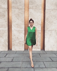 Pawida - Zara Gold Heels, My Own Design Green Satin Dresd - Food stains on my dress