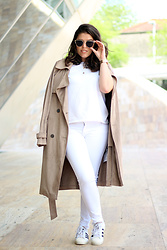 Joana Sá - Rosegal Sunglasses, Fossil Watch, Cinco Bella Necklace, Cruz Credo Conch Necklace, Stradivarius T Shirt, Zara Trench Coat, Zara Jeans, Adidas Superstar Sneakers - Suede
