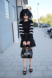 Panda . - Quay Sunglasses, Ralph Lauren Cardigan, American Apparel Skirt, Karen Millen Bag, Asos Shoes - STRIPES