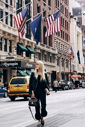 Paulina Piliman - Louis Vuitton Bag, Kenzo Espadrilles, Zara Pants, Massimo Dutti Leather Jacket - New York baby