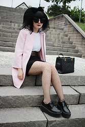 Panda . - Quay Sunglasses, Zara Coat, Chanel Bag, Asos Shoes - ★ PINK - BLACK - GOLD ★