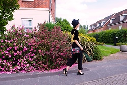 Yueming - Promod Yellow Top, Zara Bag, Weekday Hat - Hey! Flowers!