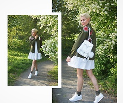 Maria R - Grafea Leather Backpack, Reebok White Sneakers, Shein Embroidered Jacket - Embroidered Green Jacket Look No. 5