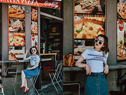 Andreea Birsan - Levi's Tshirt, Suede Red Slingback Shoes, Square Bamboo Bag, White Sunglasses, Midi Button Down Denim Skirt - The best summer outfit formula