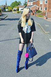 Isobel Thomas - H&M Oversized T Shirt, Public Desire Blue Velvet Over The Knee Boots, Zaful Blue Handbag, Zaful Choker - Unicorn Believer
