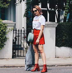 Dominique Malinowska - Zara Red Boots, Maison Kitsune Striped Jacket, American Apparel Tennis Skirt, Mango Cat Eye Sunglasses, La Bartavelle White Tee, Tammy & Benjamin Circle Bag - Notting Hill Vibes