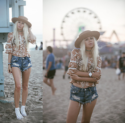 Sarah Loven - For Love & Lemons Top, One Teaspoon Shorts, 66 The Label Straw Hat, Kapten & Son Watch, Converse Shoes - Twilight concert