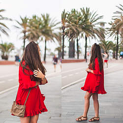 Gabriela Grębska - Daniel Wellington Watch, Metisu Dress, Zara Bag - Red dress