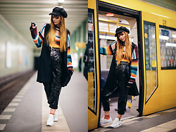 Malin Rouge - Billabong Striped Sweater, Patent Leather Trousers - Berlin U-Bahn Kid