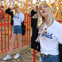 Patrycja Kołosowska - Pull & Bear Short, Adidas T Shirt, Thrasher Cap, H&M Jacket, Adidas Stan Smith - FUN