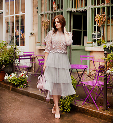 Viktoriya Sener - Chicwish Lace Top, Chic Wish Skirt - PARISIAN MOOD