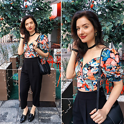 Natasha Karpova - Aliexpress Floral Top, Oodji Black Trousers, Befree Bag, New Look Loafers, Daniel Wellington Watch - FLORAL CONTRAST