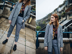 Hannah Louise - Topshop Suit Jacket, Nirvana T Shirt, Topshop Suit Trousers, Dr Martens Vegan - Grey Check Suit
