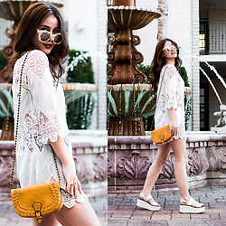 Shelly Stuckman - Ami Clubwear Cover Up, T Shirt & Jeans Bag, Steve Madden Sandals - Day at the Resort