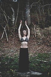 Laura Gal - Atelier By Cecilia Huzuna Handmade Bra, Zara Long Black Skirt - A Touch Of Magic