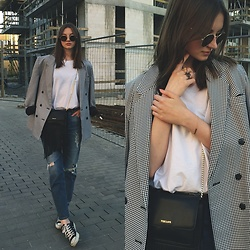 Maria Joanna - Wearmepro Glasses, Tuscan's Bag, H&M Boyfriend Jeans, H&M Rings - If I were a boy
