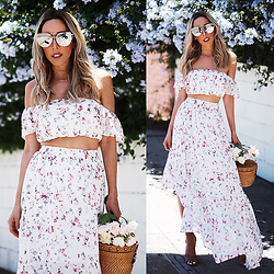 Maria De La Cruz - Haute & Rebellious Walking Wonderland Floral Set, Haute & Rebellious Coming After You Sunglasses Grey Tint - SUMMER FLORAL