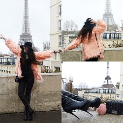 Marina Mavromati - Trendsgal Faux Fur Coat, Trendsgal Over The Knee Boots, Trendsgal Sunglasses, Free People Hat - Paris Is Always A Good Idea!
