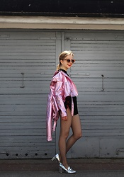 Emilia Matuszko - Bershka Jacket, Tosave Fishnet, Local Heroes Shorts, Stradivarius Heels, Mango Sunglasses - Baby's on fire