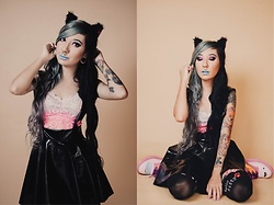 NaTyMeTaL - Pvc Suspender Skirt, Jeffree Star Cosmetics Jawbreaker Lipstick, Adventure Time Bubblegum Princess - Meow