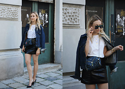 Laura⎢Les factory Femmes - Zara Pumps, Diesel Bag, Komono Sunglasses - Slingback-Pumps