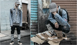 Younes Bouadi - Xotic Gear Long Ringed Strap Back Grey Hat, Cabron Inc. Gold Gameboy Necklace, Twinkledeals Black Leather Backpack, Twinkledeals Black Baking Painted Design Ripped Jeans, Newchic Stitching Color Match Suede Casual Running Sport Shoes - NOT MUCH DIRTY THAN THE WORLD IS