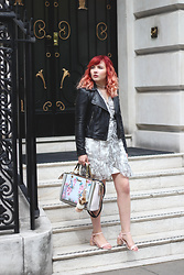 Paige Joanna Calvert - Riverisland Dress, Joy Jacket, River Island Handbag, Dorothy Perkins Shoes - LONDON VIBES