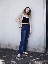 Ivana Braer - Berkertex Shirt, Stradivarius Top, Rodeo Jeans, Prada Platforms, Zara Belt - Early 00s Inspired Outfit