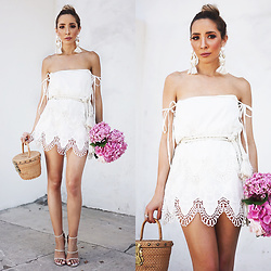 Maria De La Cruz - Daleka Embroidered Crochet Dress, Dakota Statement Earring White - White summer dress!
