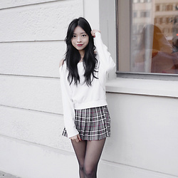 Rachel T - Yesstyle White Cold Shoulder Pull Over, Urban Outfitters Grey Plaid Skort - Plaid