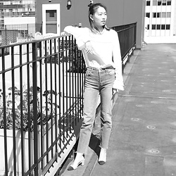 Joy Li - &Other Stories Victorian Blouse, H&M Girlfriend Jeans, Chanel Sling Back Shoes - Me Trying to Look French