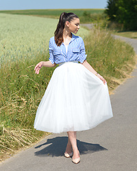 Raspberry Jam - H&M Striped Shirt, Oasap Tulle Skirt, Sds Collection Studded Flats - Striped Shirt with Tulle Skirt