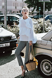 Andreea Birsan - Ruffle White Shirt, High Waist Gingham Pants, Green Pumps, Straw Bag, Yellow Floral Vintage Scarf, Clear Lens Glasses - The clear lens glasses trend