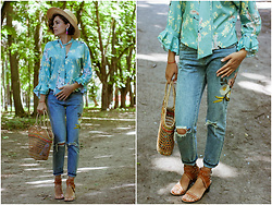 Katerina Lozovaya - Shein Blouse, Shein Jeans - Floral blouse and nothing else!