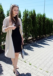 Aleksandra Siara - Massimo Dutti Dress, H&M Coat - Summer dress