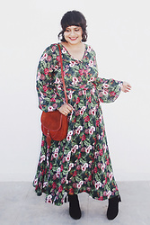 Ragini R - Unique Vintage Hibiscus Floral Maxi Dress, Asos Tassel Crossbody Bag, Boohoo Tassel Ankle Boots - Perfect Day