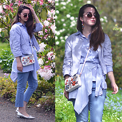 Carissa G. - Levi's® Jeans, Michael Kors Bag, H&M Sunglasses - Secret Garden