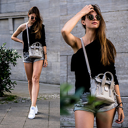 Jacky - 3.1 Phillip Lim Bag, Missguided Sweater, Ray Ban Sunglasses, Reebok Sneakers - One Shoulder Sweater