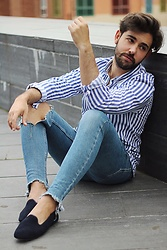 Ruben Vaquero - Oshoes Shoes, Zara Shirt - Slippers