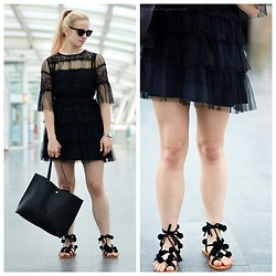 Natalia Piatczyc - Dresslily Black Tassels Pompon Lace Up Sandals, Paul Rich Silver Mesh Watch, Lilou Bracelet, Zaful Black Tulle And Lace Dress, Zaful Black Shopper Bag - Black tulle and lace dress