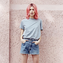 Ebba Zingmark - Ebba Zingmark Blog, Alexandra At Jean Luc Paris Salon, Berlin Hair - Pink Hair don't Care