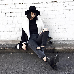 Amelia Goldie - Prettylittlething Coat, American Apparel Jeans, Tony Bianco Boots, Lack Of Colour Hat - I Just Loved You