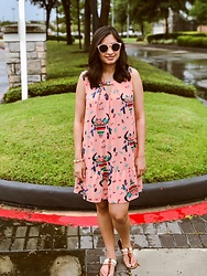 TheVagabondWayfarer - Giddy Up Glamour Quirky Print Dress, Aldo Sandals, J. Crew Sunglasses - Quirky Print Dress