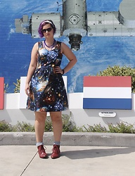 Badia Cupcake - Modcloth Space Dress - Doesn't everyone love space?