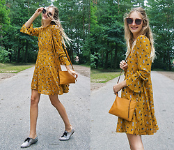 Eva Velt - Vipme Dress, Pieces Bag - VIPme floral mustard dress
