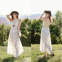 Mackenzie S - Free People Milted Meadows Dress, Saltwater Sandals, Soulfully Adorned Enlightened Longhorn, Brixton Wesley Hat, Ray Ban Ray Ban Round Metal Sunglasses - Finding Sasquatch