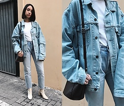 Esther L. - Levi's® Oversized Levis Jacket, Levi's® Levis 501, Zara Nude Ankle Boots, Zara Textured Bag - CANADIAN TUXEDO