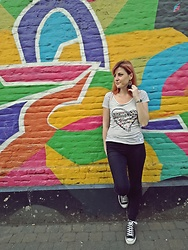 Diana Ilioi - Desigual T Shirt, Converse Sneakers - In the name of love..for Brussels