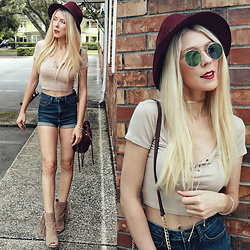 Zuzana - Cello Jeans Denim Shorts, Dolce Vita Open Toe Mazarine Shoes, Forever 21 Nude Crop Top, Missguided Mirror Sunnies, Hat Attack Plum, Anthropologie Gold Fishtail Choker, 7 Charming Sisters Set Of 3 Rose Gold Bracelets - Longer Hair, Shorter Shorts!